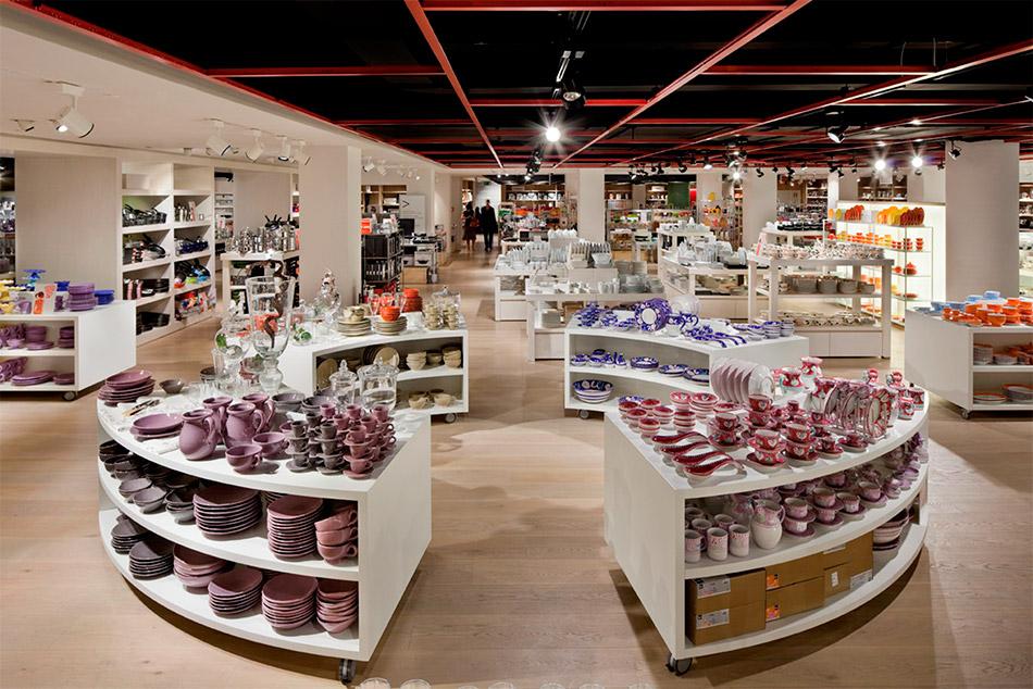 la Rinascente Retailer Rossi1931 Design Supermarket