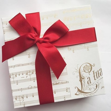 Gift wrapping paper for Christmas with music design by Rossi1931